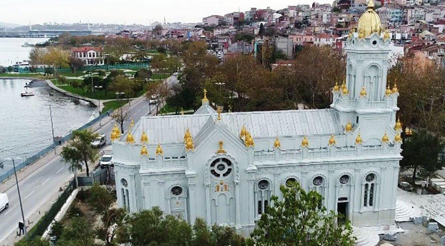Demir-Kilise-Sveti-Stefan-disarisi